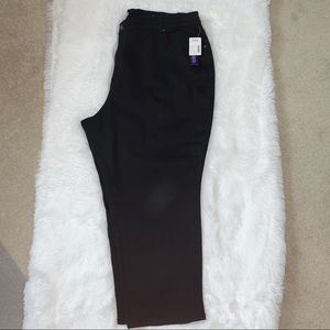 Catherines NWT Right Fit Curvy Black Jeans, 24WP
